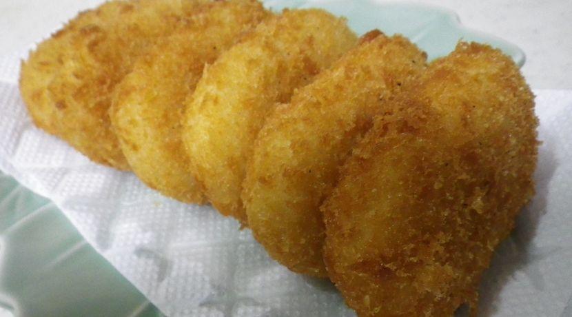 ウマすぎ!コロッケ/フライドポテト【ダッチオーブンで揚げ物】
